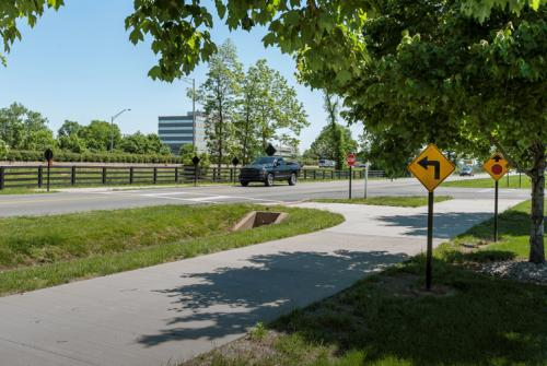 Jeffersontown Bluegrass Parkway Bicycle and Pedestrian Trail, Jeffersontown, KY